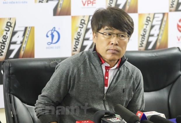 CLB Viettel chia tay HLV Lee Heung Sil truoc giai doan luot ve hinh anh 1
