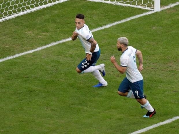 Loai nha vo dich chau A, Argentina vao tu ket Copa America hinh anh 1