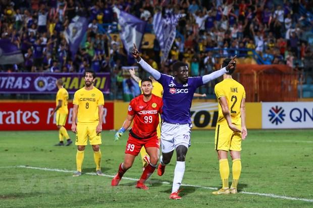 Ha Ceres Negros, Ha Noi FC thang tien vao chung ket AFC Cup hinh anh 1