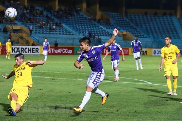 'Quang Hai la cau thu Ha Noi FC duy nhat co the sang chau Au' hinh anh 1