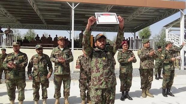 Phien quan Taliban tra tu do cac nhan vien an ninh Afghanistan hinh anh 1