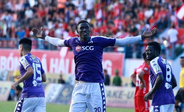 Danh bai Hai Phong, Ha Noi FC doi lai ngoi dau V-League 2019 hinh anh 2