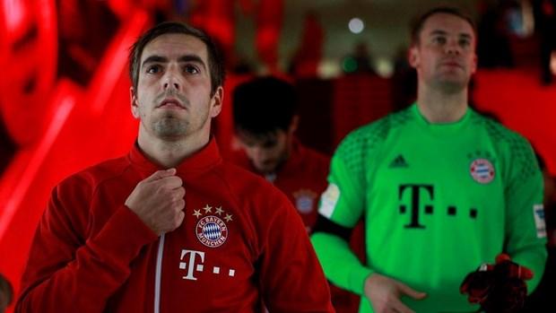 Doi truong Neuer ngam y roi di, con tau Bayern tiep tuc dao chao hinh anh 1