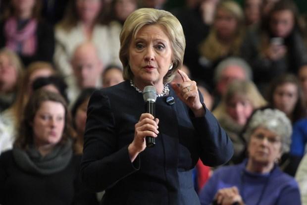 Ba Hillary Clinton chi trich chinh quyen Tong thong Donald Trump hinh anh 1
