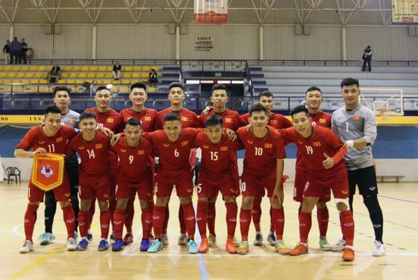 Tuyen Viet Nam vao bang 'tu than' tai giai Futsal Dong Nam A hinh anh 1