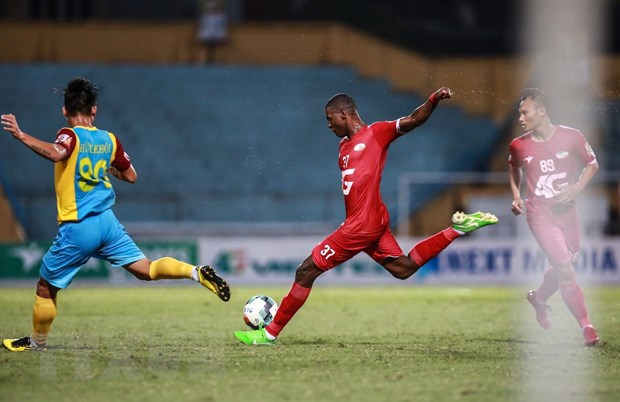Vong 17 V-League: Viettel gianh 3 diem, Ha Noi ap sat TP.HCM hinh anh 3