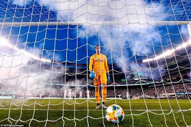 Real Madrid chia tay nuoc My bang that bai day cay dang 3-7 hinh anh 1