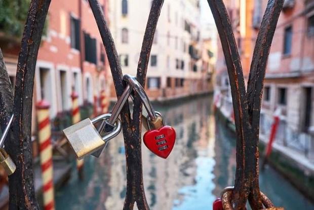 Danh sach nhung cam doan la lung tai thanh pho Venice cua Italy hinh anh 3