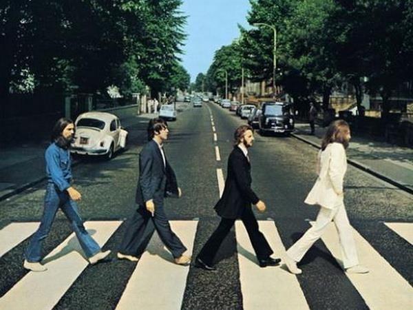 Ky niem 50 nam ngay ra doi buc anh huyen thoai cua The Beatles hinh anh 1