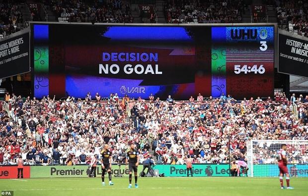 Manchester City thang huy diet trong ngay mo man Premier League hinh anh 2
