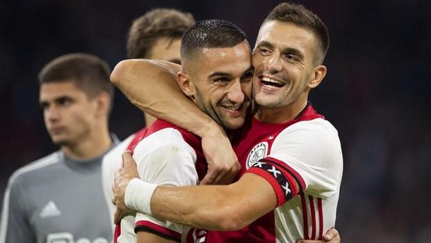 Champions League: Nhieu doi bong manh guc nga, Ajax hut chet hinh anh 2