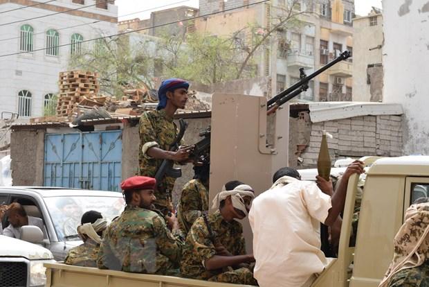 Yemen ngay cang lun sau vao vong xoay bao luc khong co hoi ket hinh anh 1