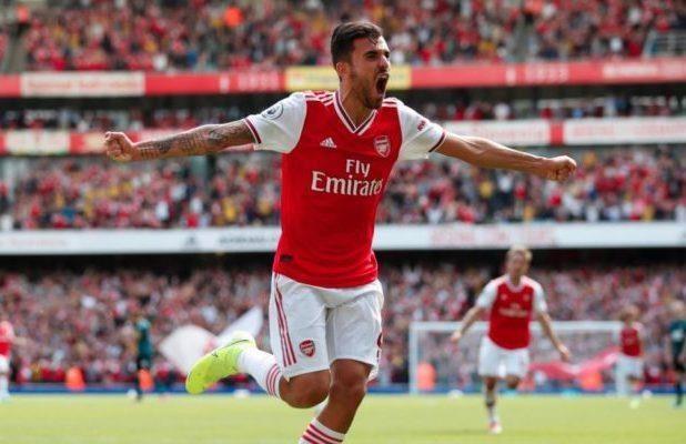 Danh bai Burnley, Arsenal tam chiem ngoi dau Premier League hinh anh 1