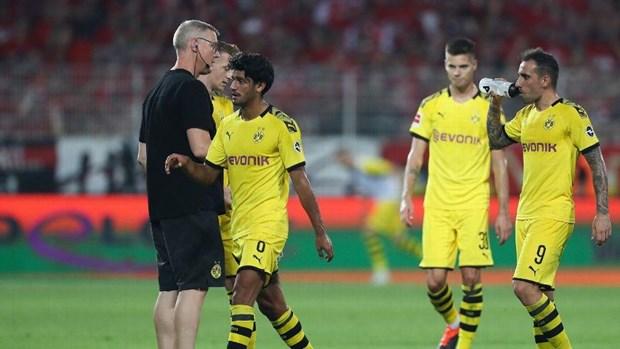 Dortmund thua tham truoc tan binh, Bayern thang 'huy diet' hinh anh 1