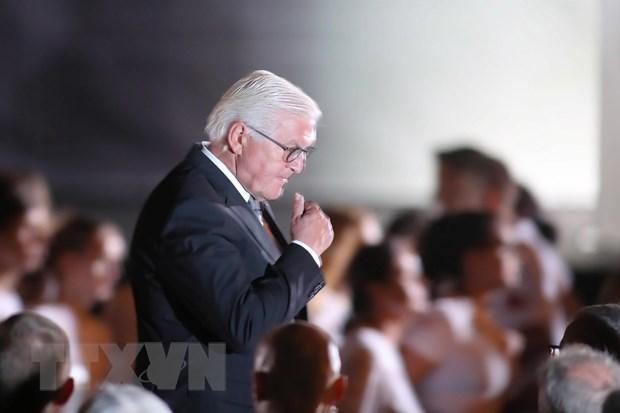 Chien tranh The gioi II: Tong thong Duc xin Ba Lan tha thu hinh anh 1