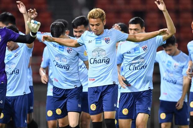 Vong loai World Cup 2022: Viet Nam binh than, Thai Lan cang thang hinh anh 1