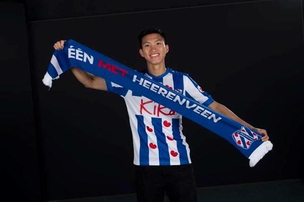 Doan Van Hau gay an tuong trong video 'chao san' o SC Heerenveen hinh anh 1
