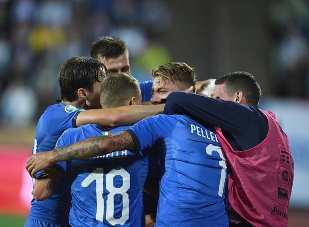 Ket qua bong da: Tay Ban Nha, Italy sap co ve du vong chung ket Euro hinh anh 2