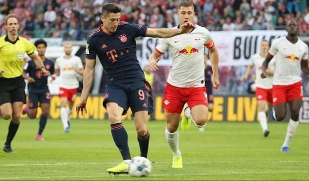 Bundesliga: RB Leipzig-Bayern chia diem, Dortmund thang tung bung hinh anh 1