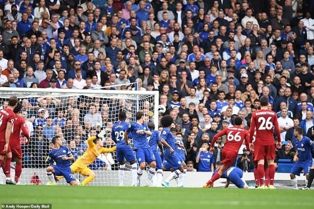 Ket qua bong da: Liverpool danh bai Chelsea, Arsenal thang nguoc hinh anh 1