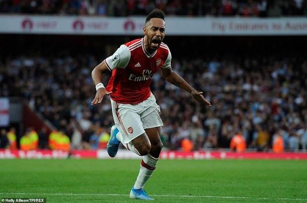 Ket qua bong da: Liverpool danh bai Chelsea, Arsenal thang nguoc hinh anh 2
