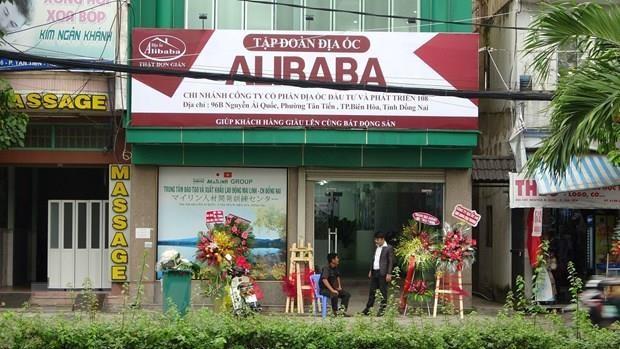 Khoi to bi can doi voi Chu tich HDQT Alibaba Nguyen Thai Luyen hinh anh 1