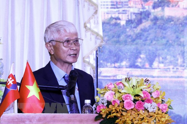 Vun dap tinh huu nghi giua nhan dan Thanh pho Ho Chi Minh va Slovakia hinh anh 1