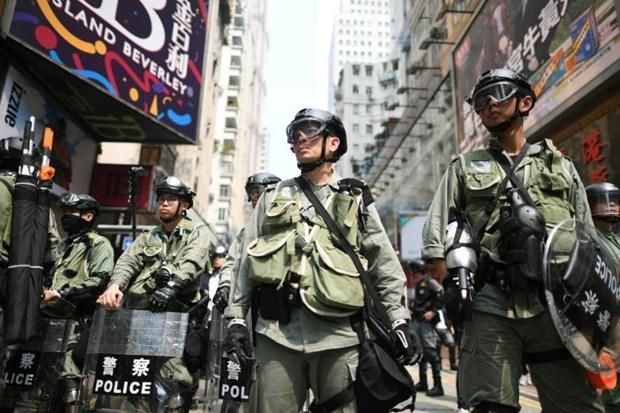 Canh sat Hong Kong thu nhieu vu khi nghi lien quan den nguoi bieu tinh hinh anh 1