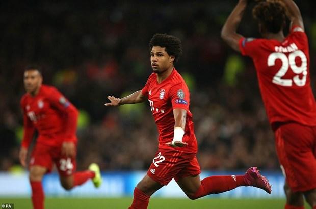 Ket qua bong da: Real gay that vong, Bayern huy diet Tottenham 7-2 hinh anh 2