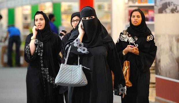 Saudi Arabia cho phep phu nu gia nhap cac luc luong vu trang hinh anh 1