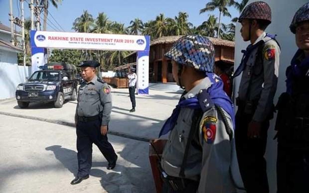 Myanmar: 31 hanh khach di xe buyt bi bat coc o bang Rakhine hinh anh 1