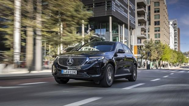 Mercedes-Benz tung ra mau xe dien dau tien tai Han Quoc hinh anh 1