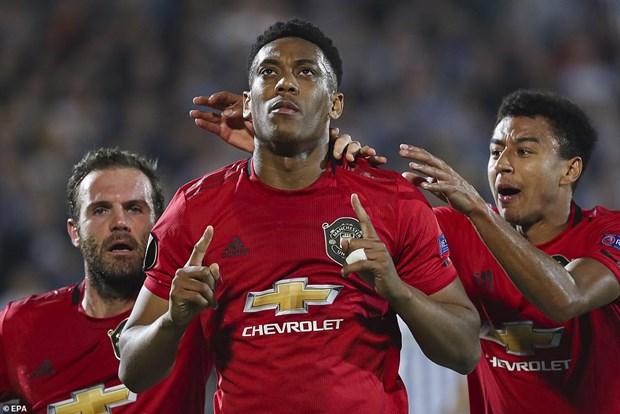 Europa League: Bong da Anh thang lon, Arsenal dat 1 chan vao vong 1/16 hinh anh 1