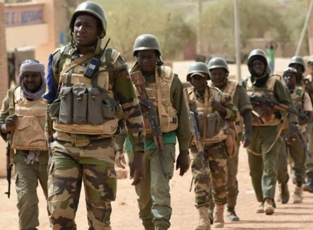 Mali: 35 binh sy thiet mang trong vu tan cong vao doanh trai quan doi hinh anh 1