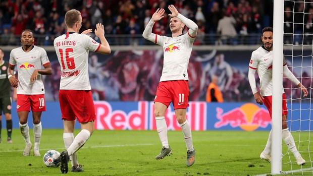 Bundesliga: Bayern thua tham 1-5, RB Leipzig dai thang 8-0 hinh anh 2