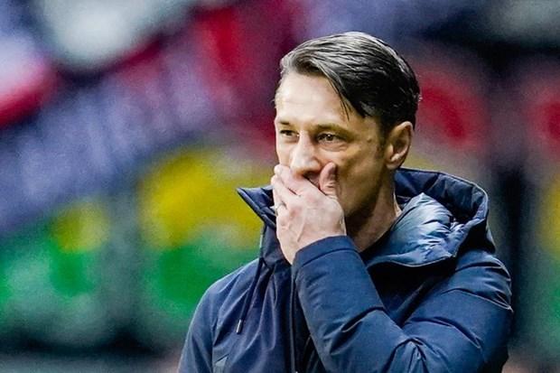 Bayern va Kovac ket thuc 'moi luong duyen' sau tran thua Frankfurt hinh anh 1