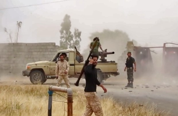 Libya: LNA bac bo thong tin ve viec rut quan khoi phia Nam Tripoli hinh anh 1