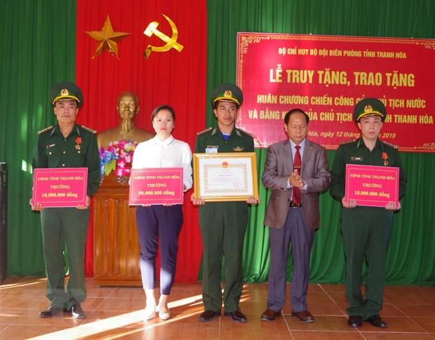 Truy tang Huan chuong chien cong hang Nhat cho Thieu ta Vi Van Nhat hinh anh 1