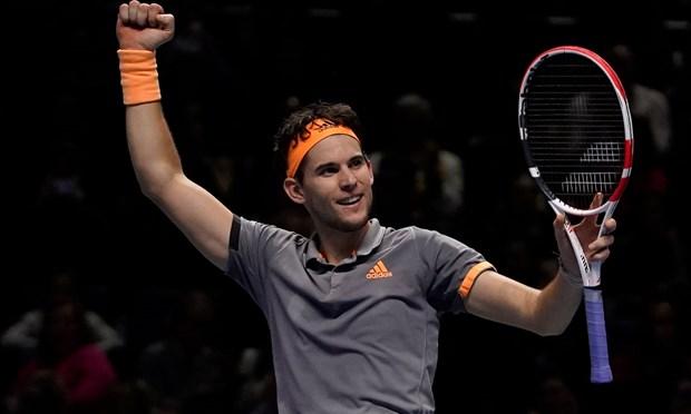 ATP Finals 2019: Roger Federer bat bai, nha vo dich guc nga hinh anh 2