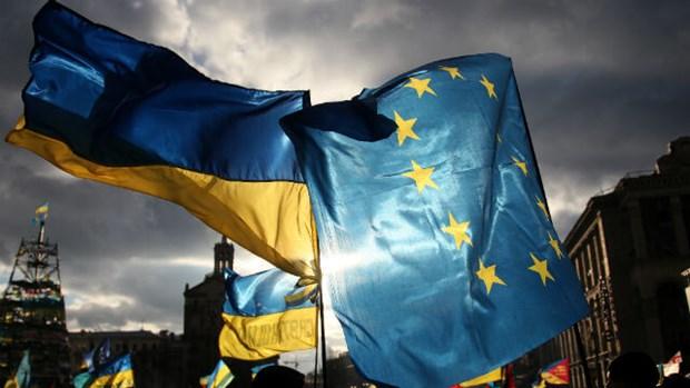 EU va Ukraine nhat tri ve cac buoc phan bo ho tro tai chinh hinh anh 1