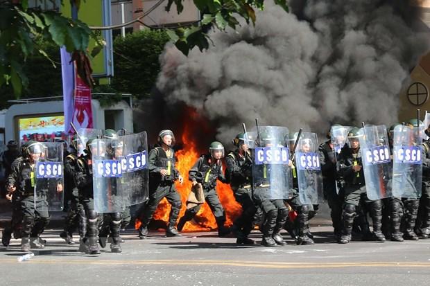 Gan 4.000 nguoi tham gia dien tap tai Thanh pho Ho Chi Minh hinh anh 1