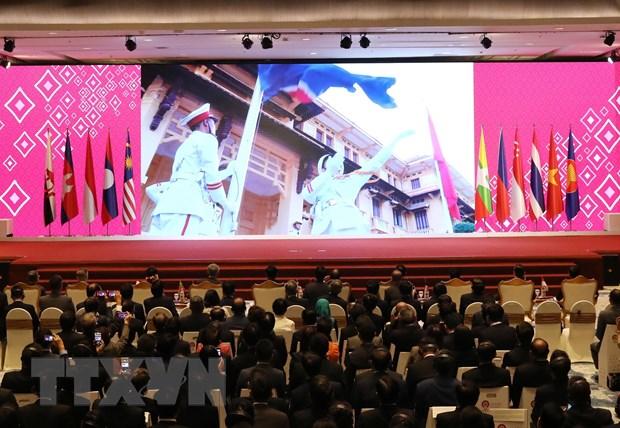 Viet Nam voi vai tro Chu tich ASEAN: Gan ket va chu dong thich ung hinh anh 2