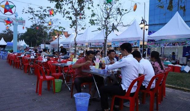 Campuchia khai truong pho am thuc kieu mau dau tien o Kampot hinh anh 1