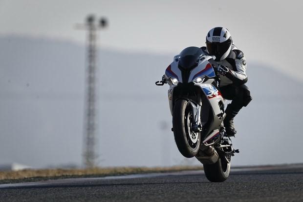 BMW Motorrad gioi thieu S 1000 RR hoan toan moi tai Viet Nam hinh anh 1