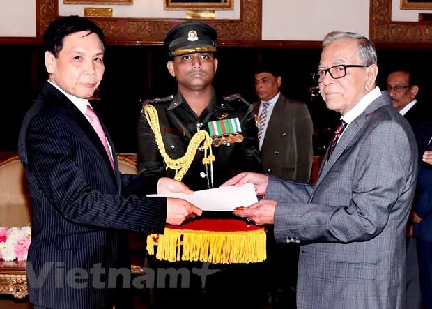 Tong thong Bangladesh mong muon hop tac voi Viet Nam o nhieu linh vuc hinh anh 1
