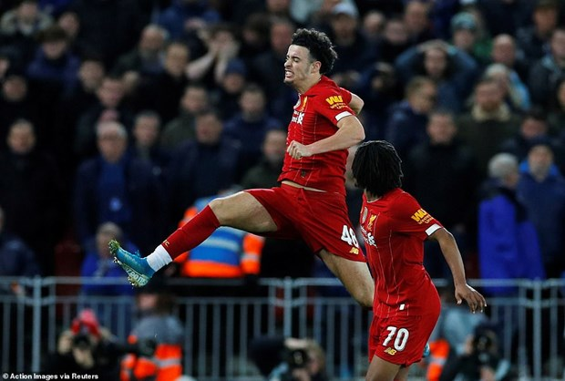 FA Cup: Liverpool thang tien, thay tro HLV Mourinho gay that vong hinh anh 1