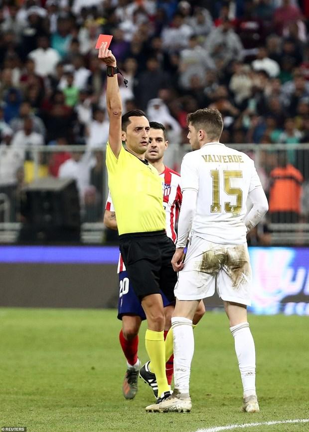 Real Madrid gianh Sieu cup sau loat sut luan luu may rui hinh anh 2