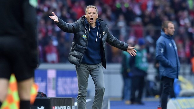 Bayern tro lai top 2 sau man 'huy diet' doi bong cua Klinsmann hinh anh 2