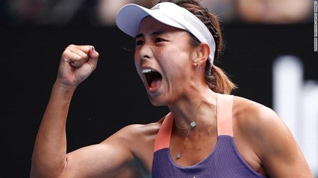 Tay vot Trung Quoc thang soc Serena tai Australian Open 2020 hinh anh 1