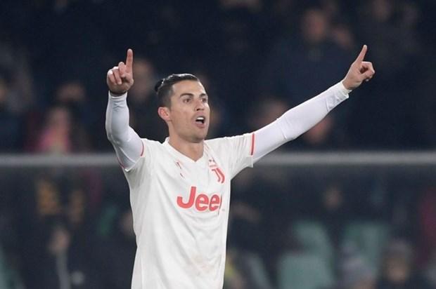 Ronaldo lap hang loat ky luc trong ngay Juventus nhan that bai soc hinh anh 1